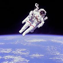 220px-Astronaut-EVA